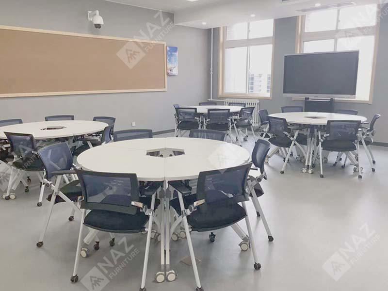 Financial industry round conference tables Case