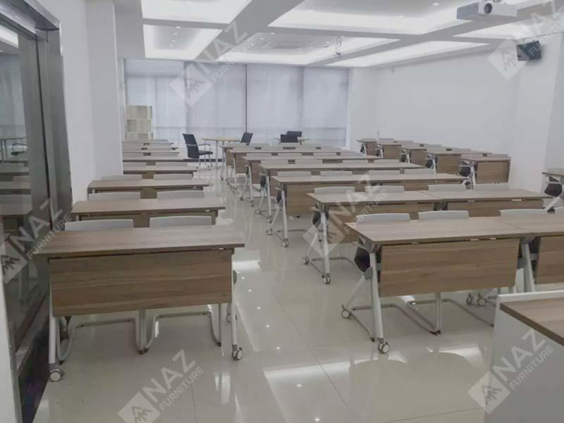 School table industry Case